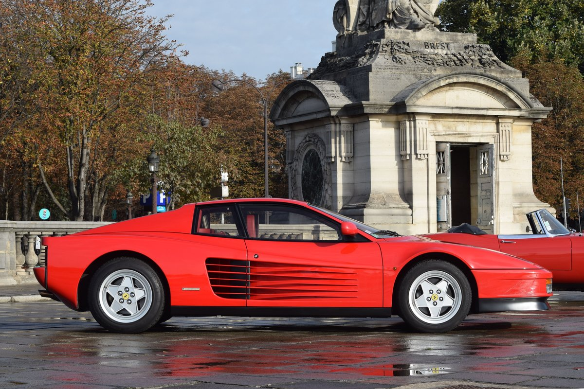 1988 Ferrari Testarossa For Sale by Auction (picture 2 of 6)