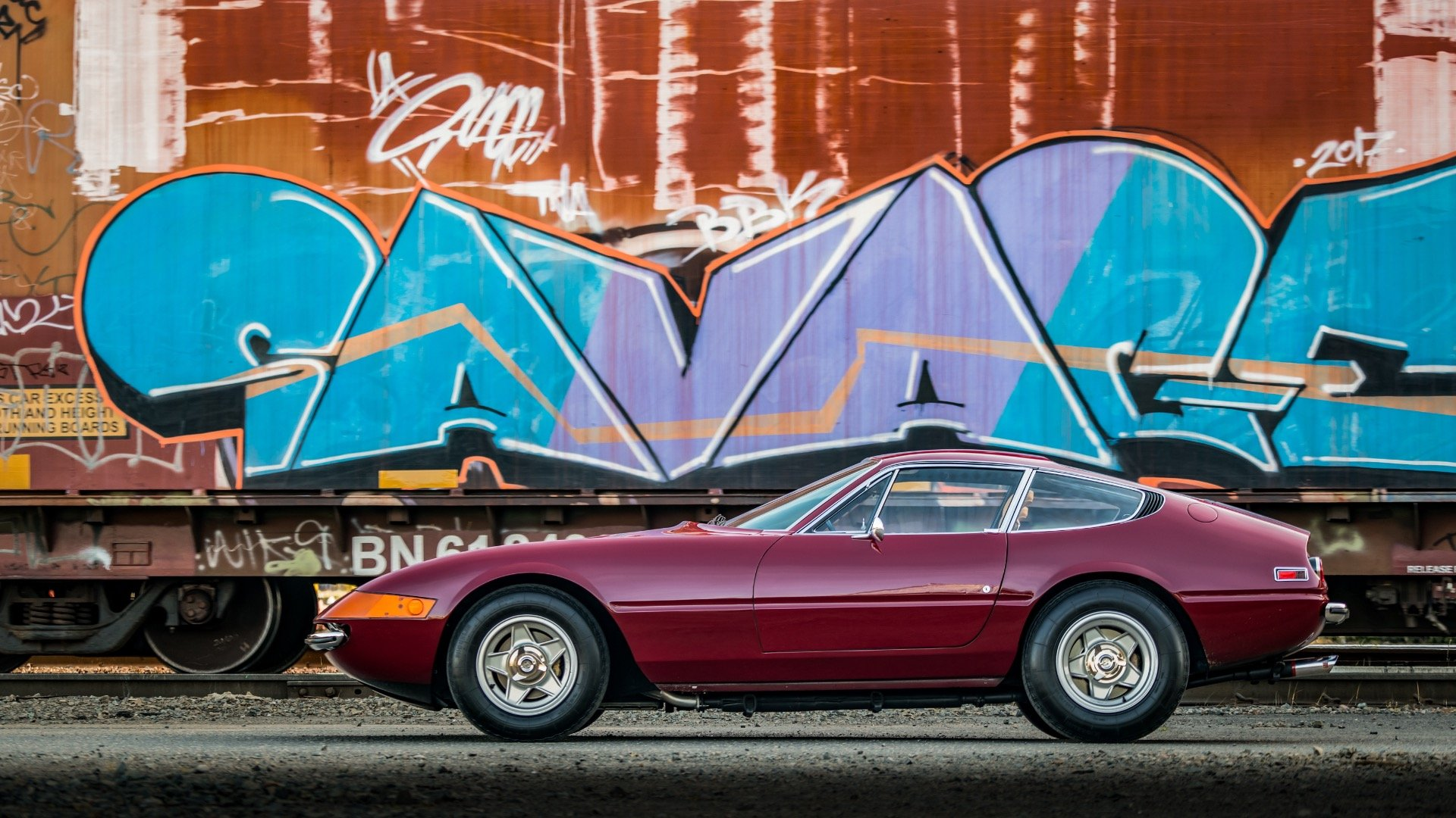 1971 Ferrari 365 GTB/4 Daytona clean Red(~)Tan driver $589k For Sale (picture 3 of 6)