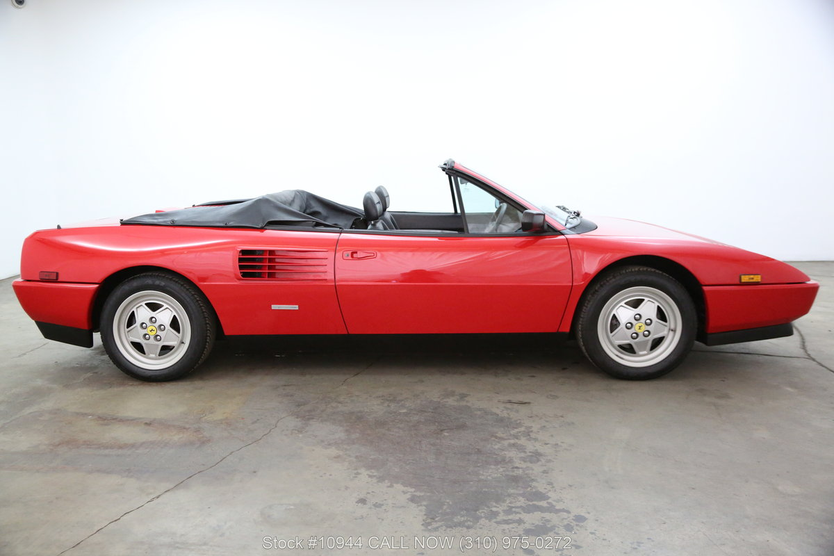 1989 Ferrari Mondial T Cabriolet For Sale (picture 2 of 6)