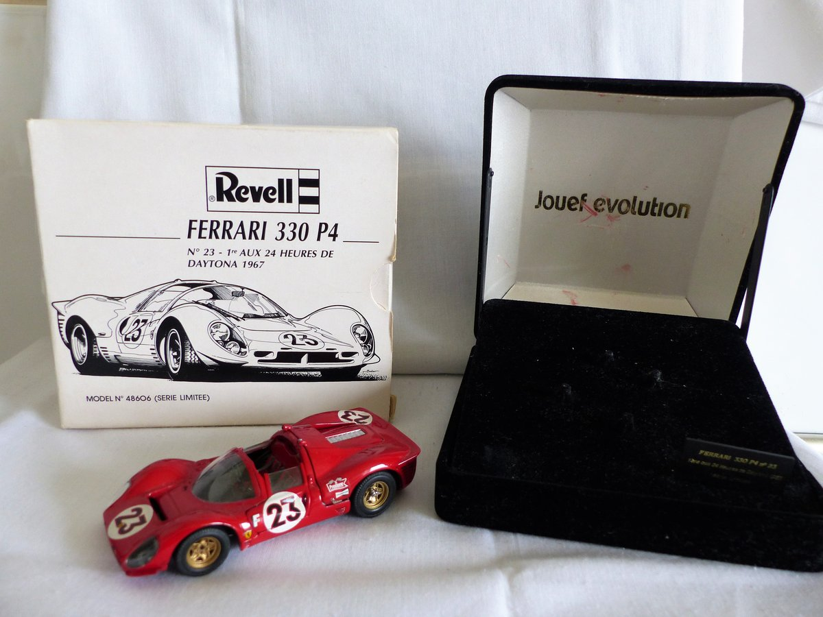 JOUEF EVOLUTION 1967 FERRARI 330 P4 SCALE 1:43 LTD For Sale (picture 1 of 6)