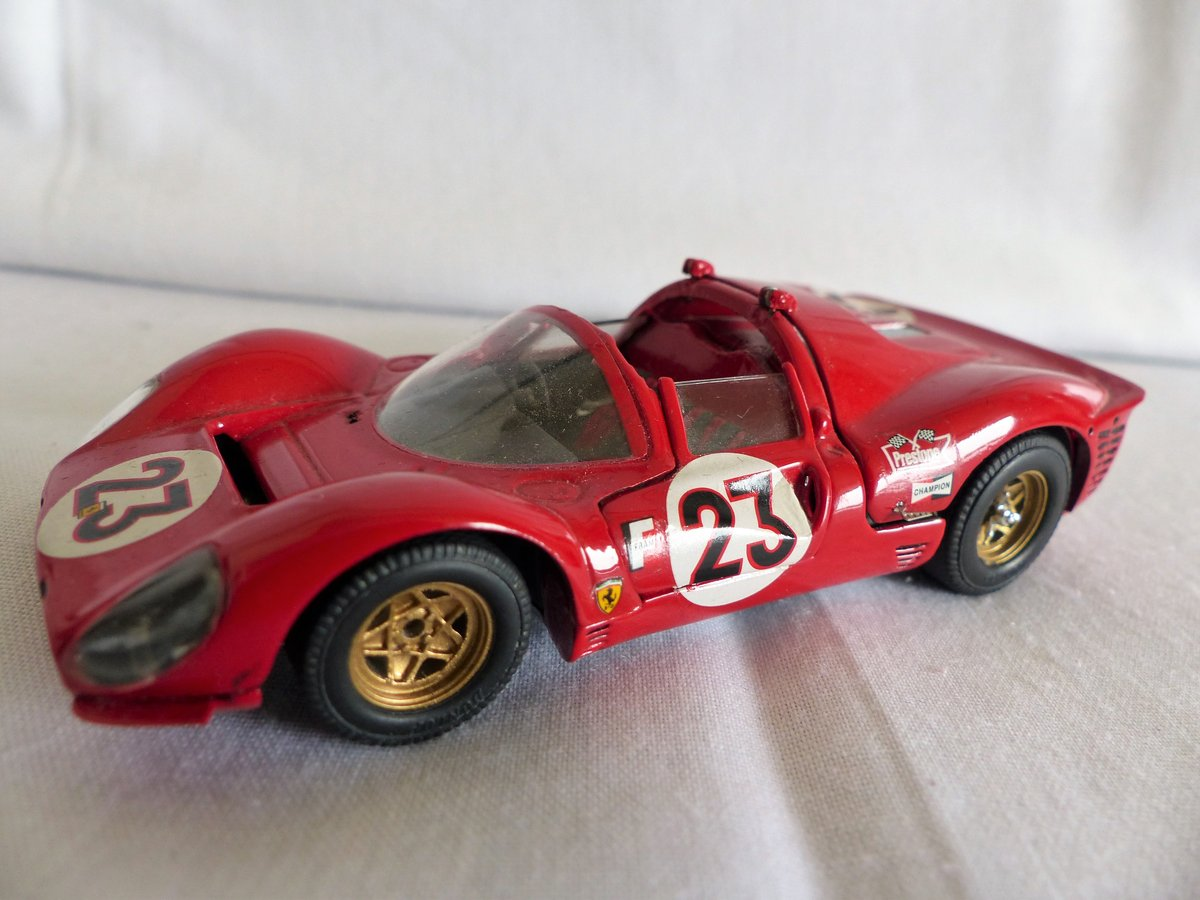 JOUEF EVOLUTION 1967 FERRARI 330 P4 SCALE 1:43 LTD For Sale (picture 3 of 6)