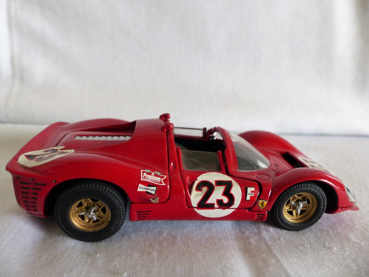 JOUEF EVOLUTION 1967 FERRARI 330 P4 SCALE 1:43 LTD For Sale (picture 5 of 6)