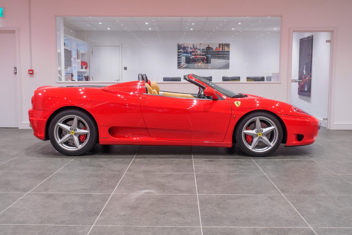 2003 Ferrari 360 Manual Gearbox : Rosso Corsa : Ultra Low Mileage For Sale (picture 2 of 6)