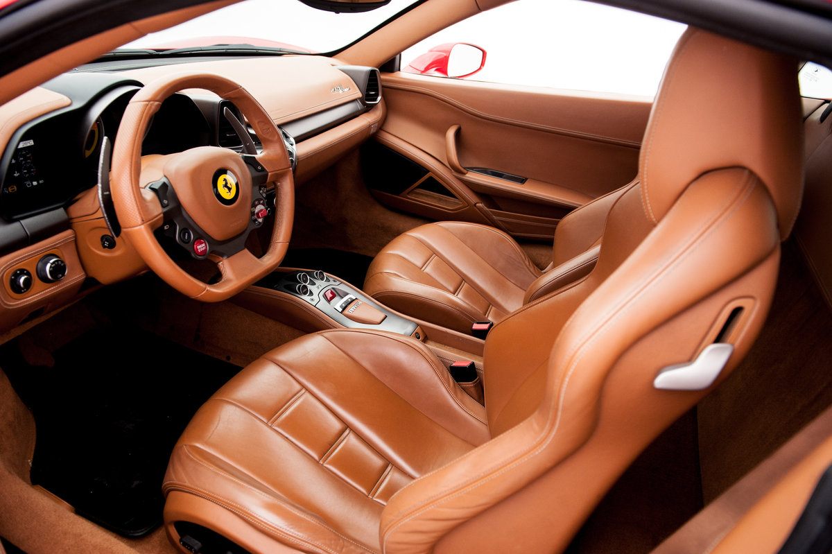 2010 FERRARI 458 For Sale by Auction (picture 3 of 6)