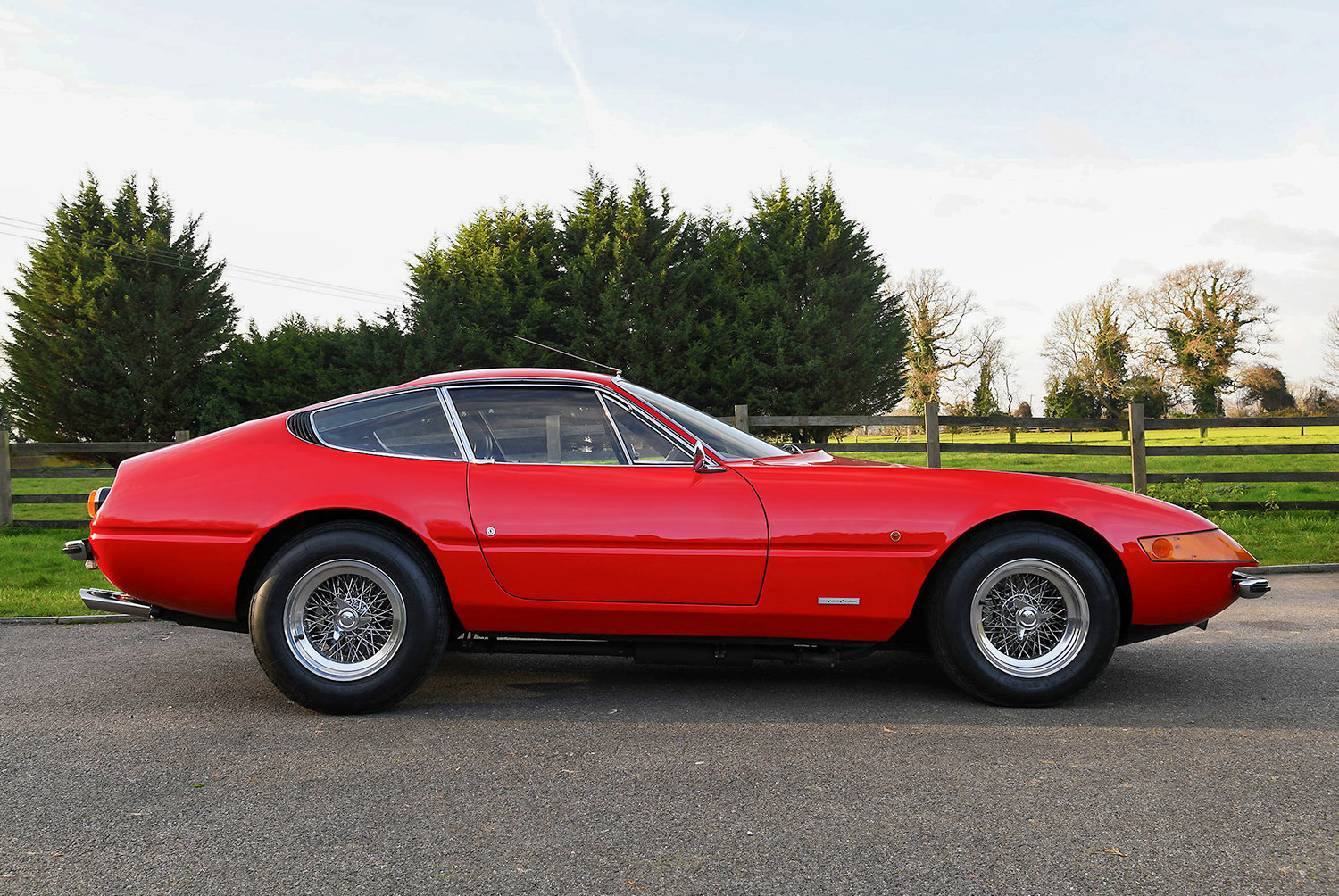 1974 Ferrari Daytona 365 GTB/4 RHD  SOLD (picture 2 of 6)