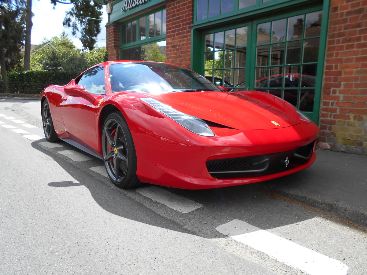 2011 Ferrari 458 Italia DCT Coupe  SOLD (picture 2 of 6)
