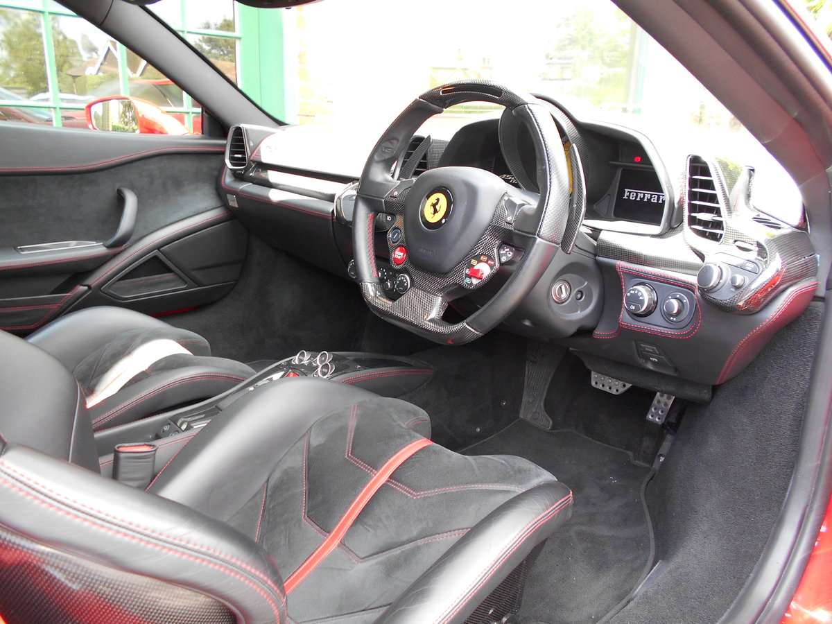 2011 Ferrari 458 Italia DCT Coupe  SOLD (picture 4 of 6)