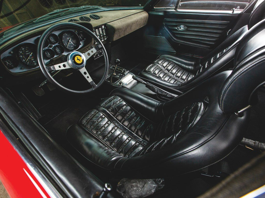 1971 Ferrari 365 GTB4 Daytona Berlinetta by Scaglietti For Sale by Auction (picture 4 of 6)