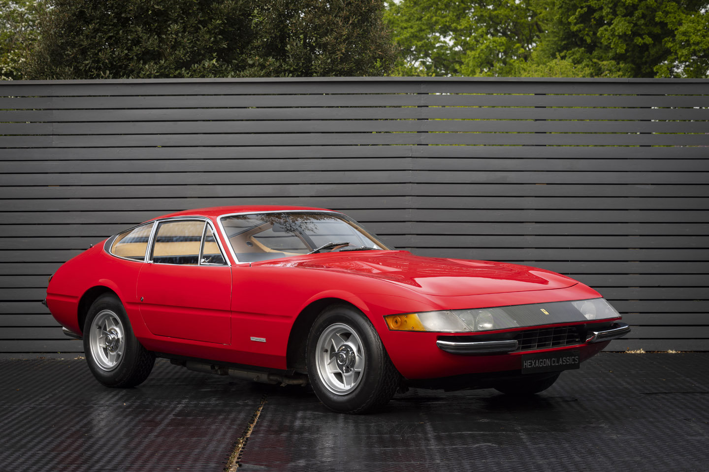 1970 FERRARI DAYTONA PLEXI GLASS LHD SOLD (picture 1 of 6)