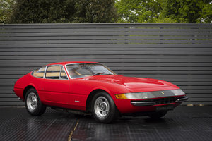 1970 FERRARI DAYTONA PLEXI GLASS LHD SOLD