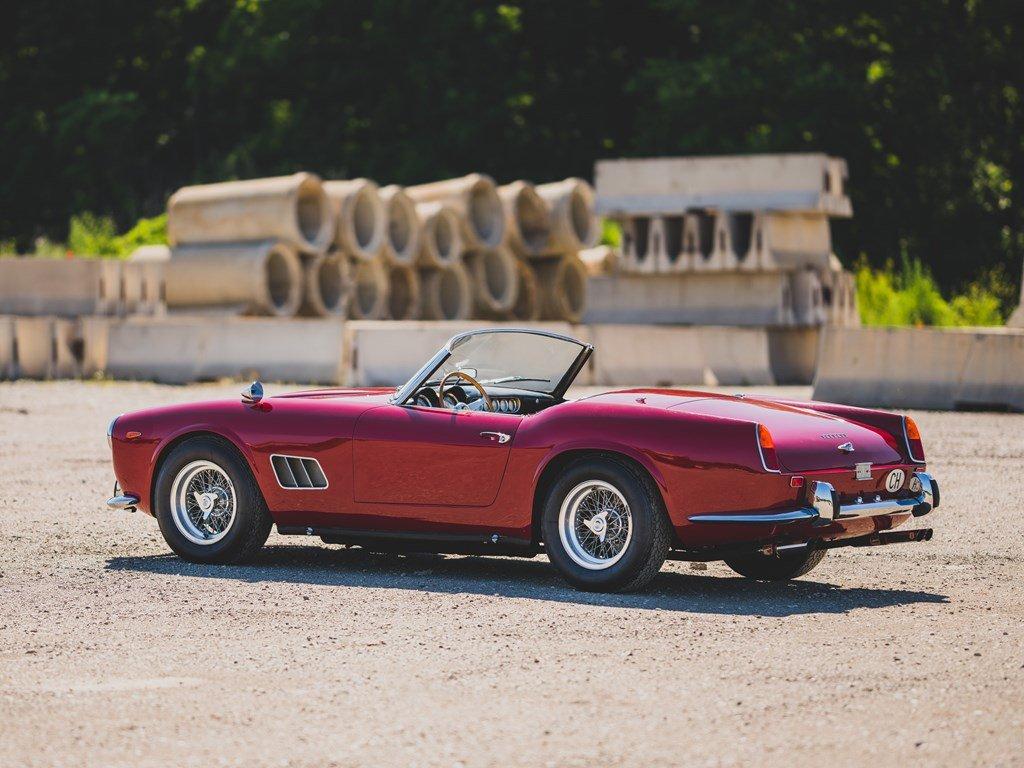 1962 Ferrari 250 California SWB Spider by Scaglietti For Sale by Auction (picture 2 of 6)