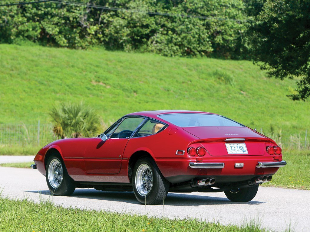 1972 Ferrari 365 GTB4 Daytona Berlinetta by Scaglietti For Sale by Auction (picture 2 of 6)