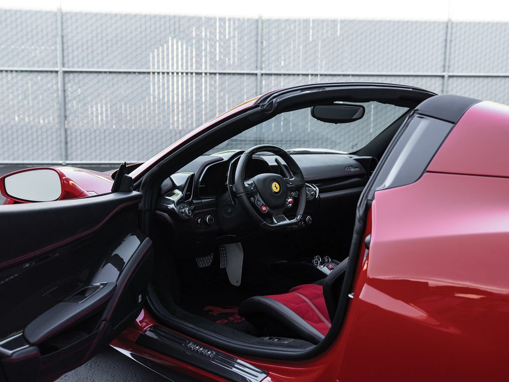 2013 Ferrari 458 Spider  For Sale by Auction (picture 4 of 6)