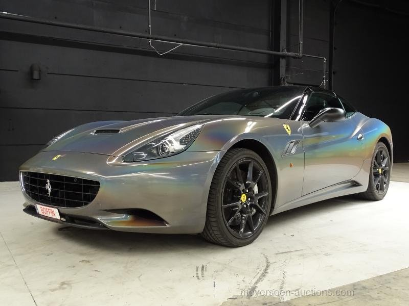 2011 FERRARI CALIFORNIA For Sale by Auction (picture 1 of 6)