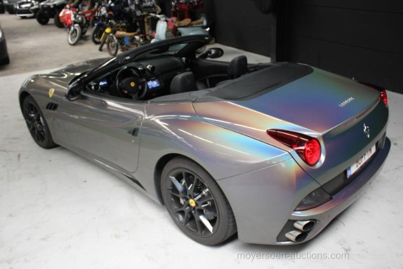 2011 FERRARI CALIFORNIA For Sale by Auction (picture 5 of 6)