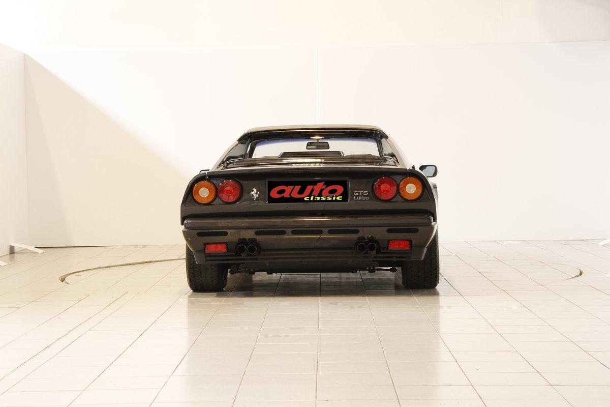 1989 Ferrari GTS Turbo For Sale (picture 4 of 6)