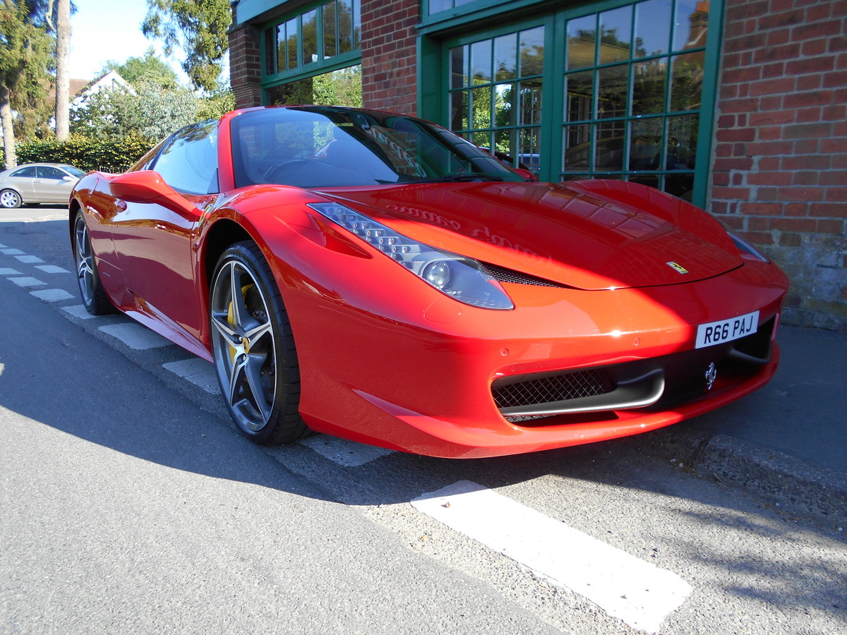 2013 Ferrari 458 Spider DCT SOLD (picture 2 of 5)