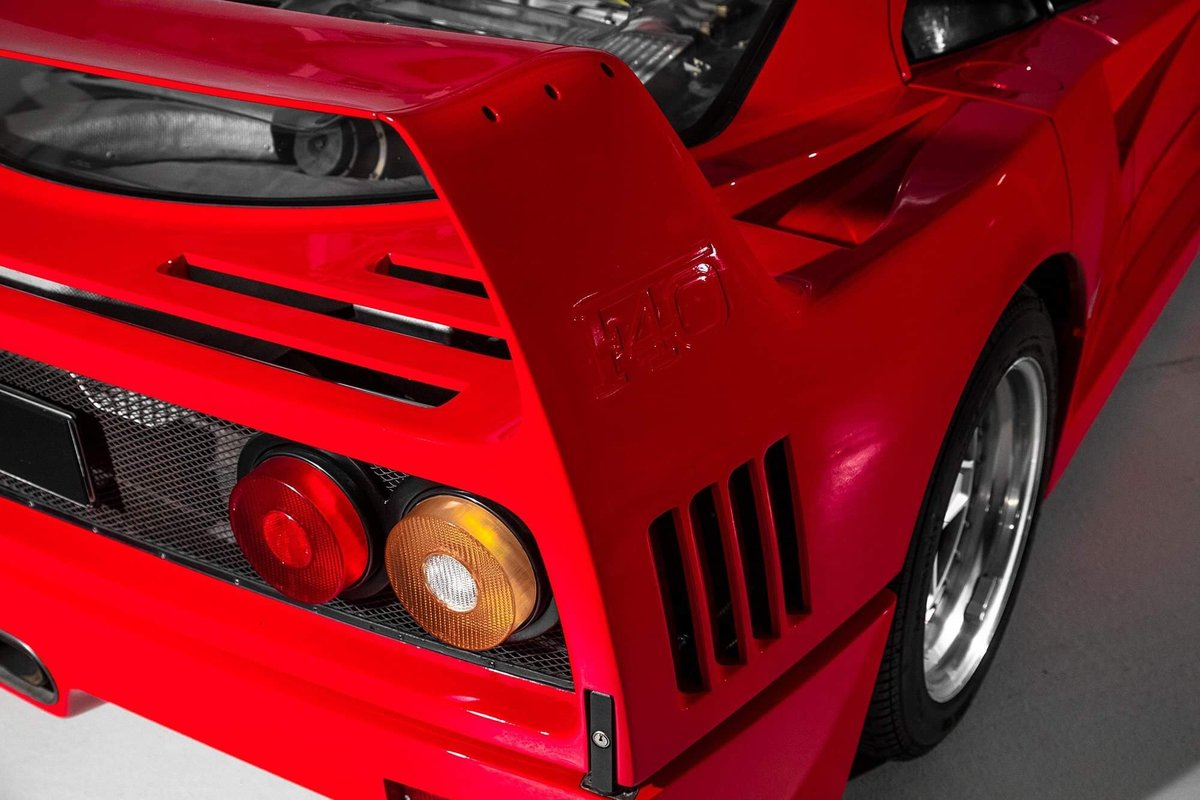 1991 Ferrari F40 Ex Pierluigi Martini  For Sale (picture 16 of 24)