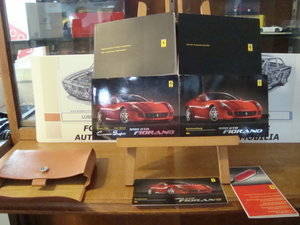 Picture of 2000 Ferrari 599 Fiorano owners manual set For Sale