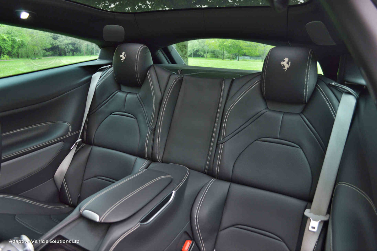 2018 Ferrari GTC4Lusso V12 - Pan Glass Sunroof - Pass Display For Sale (picture 5 of 6)