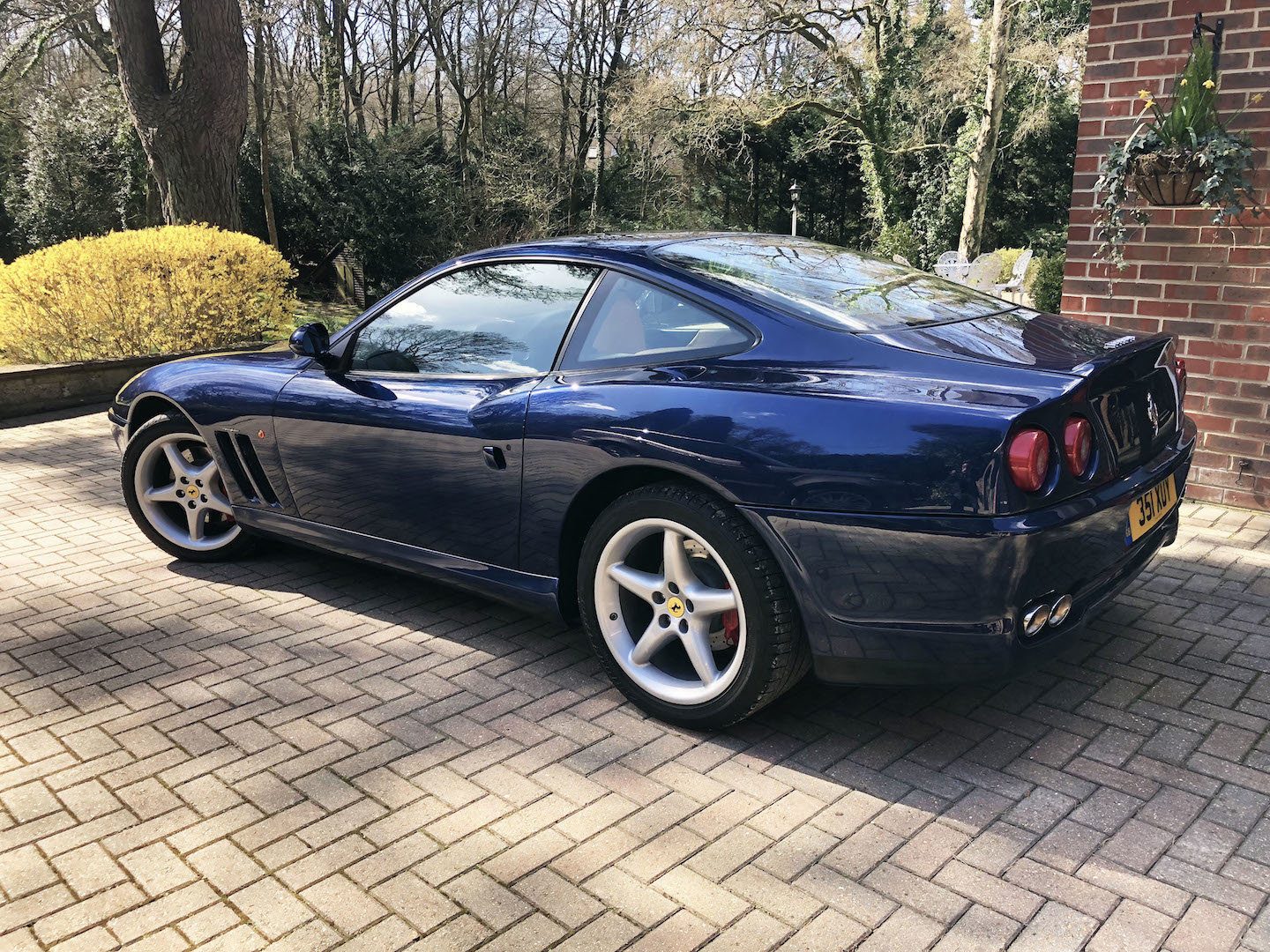 2000 A beautiful, well kept low milage 550 maranello  For Sale (picture 2 of 6)
