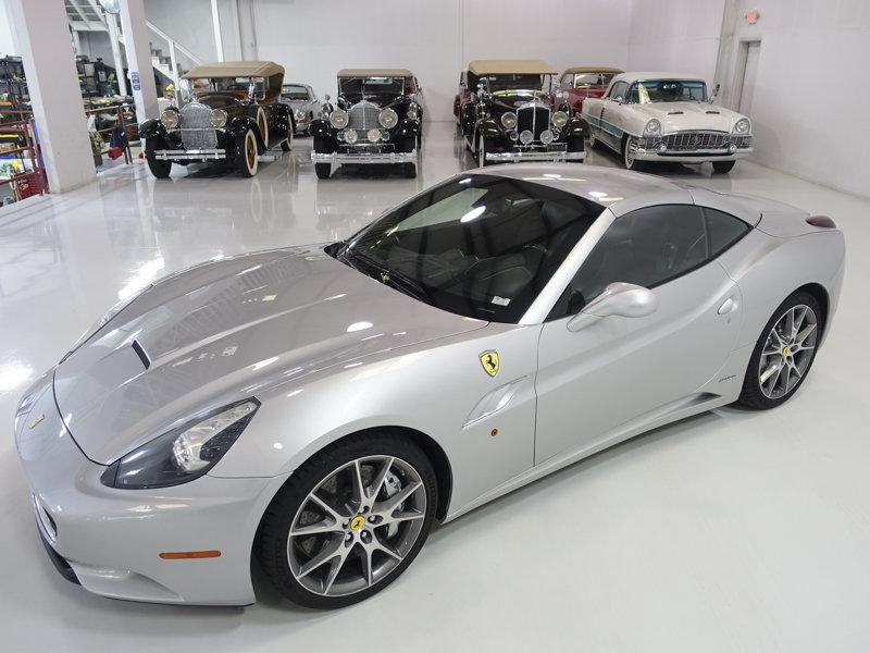 2012 Ferrari California Convertible SOLD (picture 2 of 6)