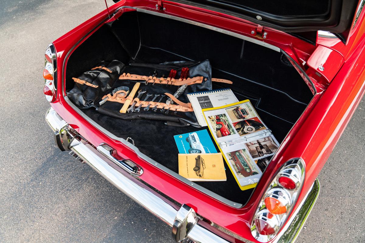 1962 Ferrari 250 GTE 2+2 For Sale (picture 5 of 6)