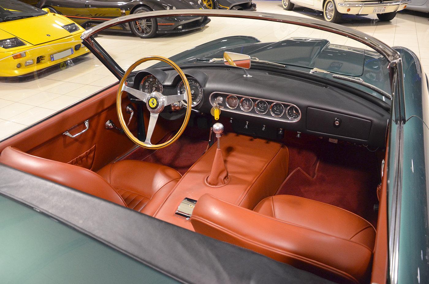 1963 Ferrari 250 GT California SWB Aluminium Body  For Sale (picture 4 of 6)
