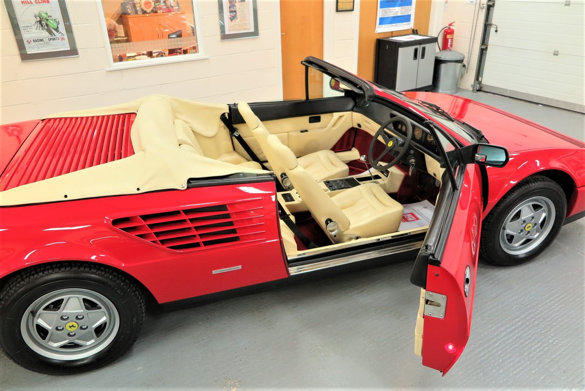 1988 Ferrari Mondial 3.2 Cabriolet For Sale (picture 3 of 6)