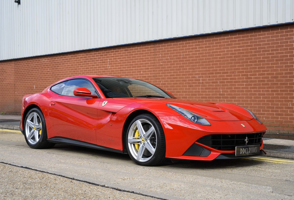 2014 Ferrari F12 Berlinetta For Sale In London  ( RHD  For Sale (picture 2 of 24)