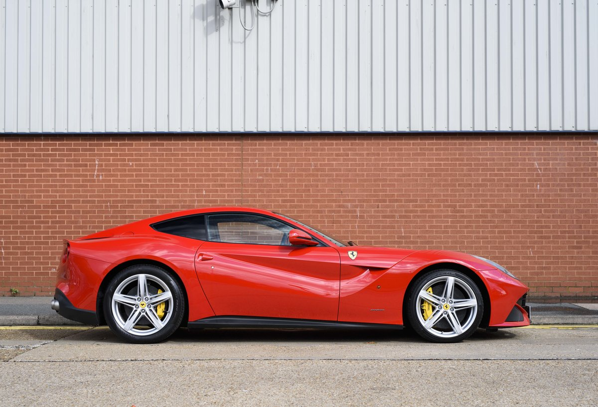 2014 Ferrari F12 Berlinetta For Sale In London  ( RHD  For Sale (picture 5 of 24)