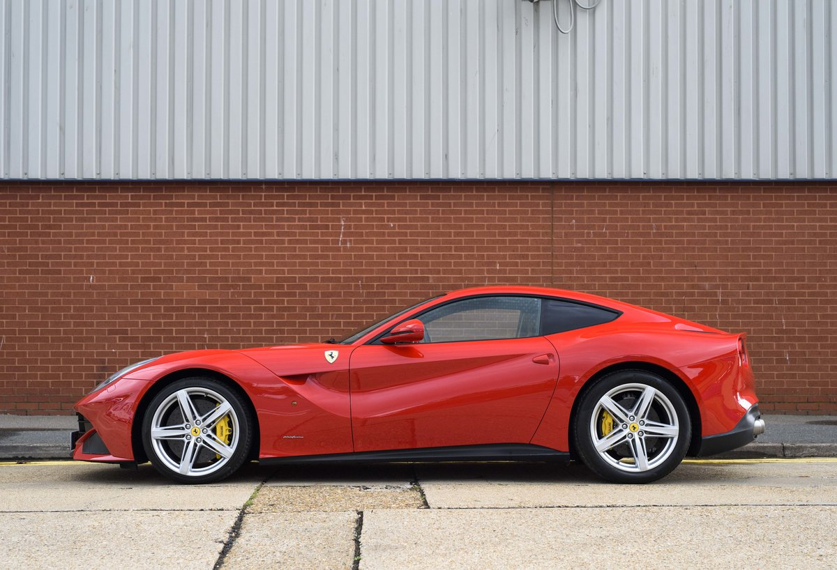 2014 Ferrari F12 Berlinetta For Sale In London  ( RHD  For Sale (picture 6 of 24)