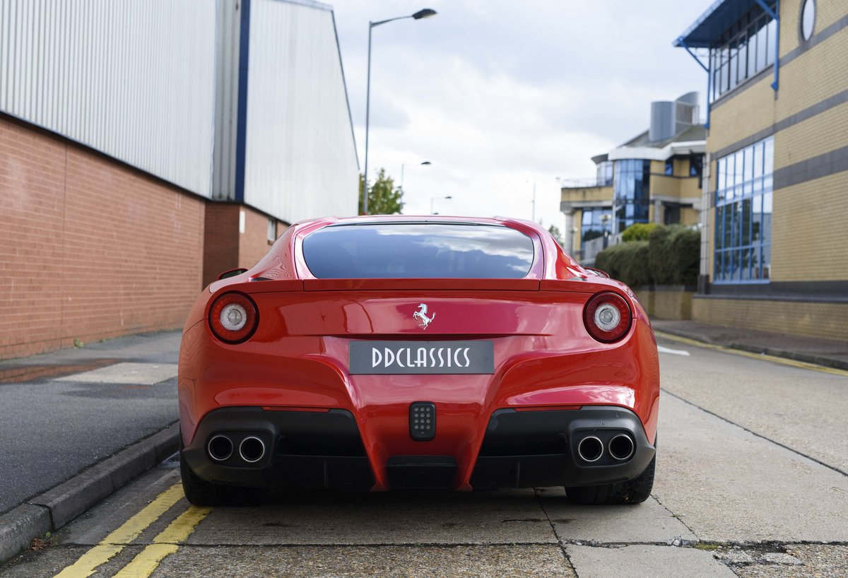 2014 Ferrari F12 Berlinetta For Sale In London  ( RHD  For Sale (picture 8 of 24)