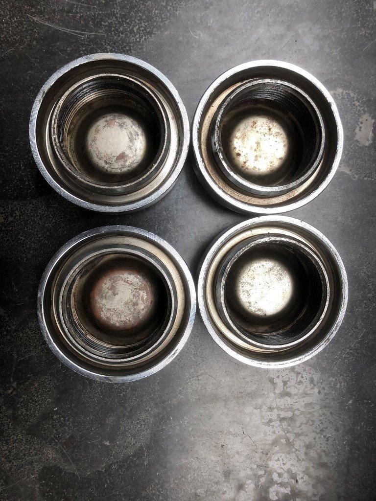 Set of Ferrari 365GTB/4 Borrani Wheel Knock Off Nut 42 rudge For Sale (picture 4 of 5)