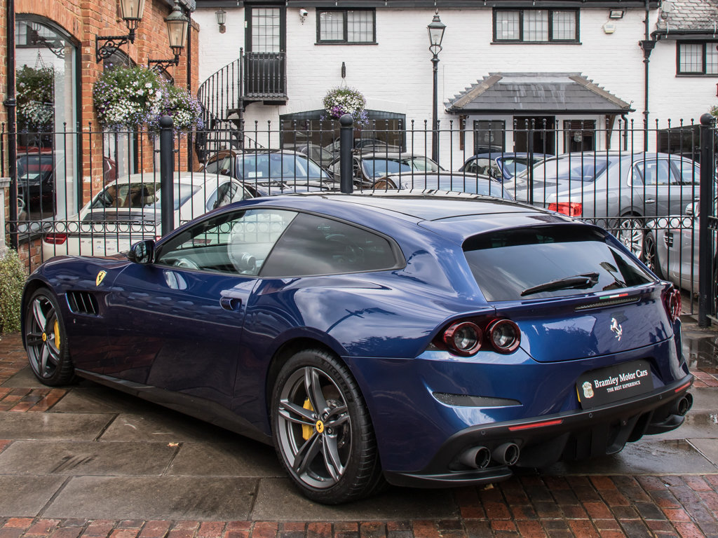 2018 Ferrari  Other  GTC4Lusso - V12 For Sale (picture 5 of 18)