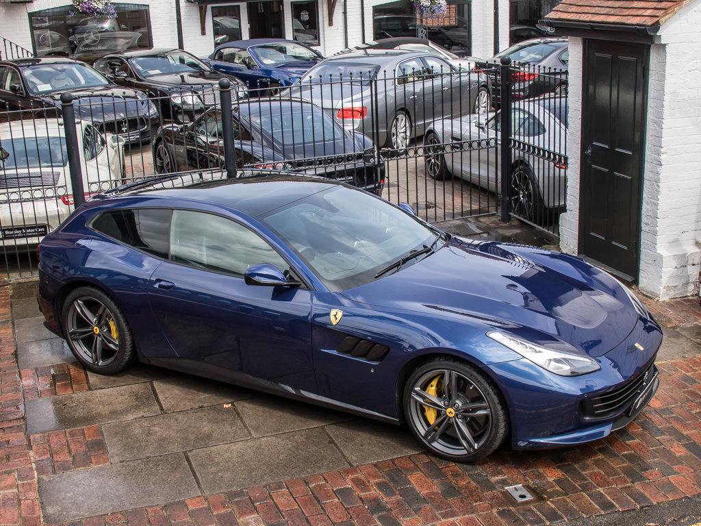 2018 Ferrari  Other  GTC4Lusso - V12 For Sale (picture 8 of 18)