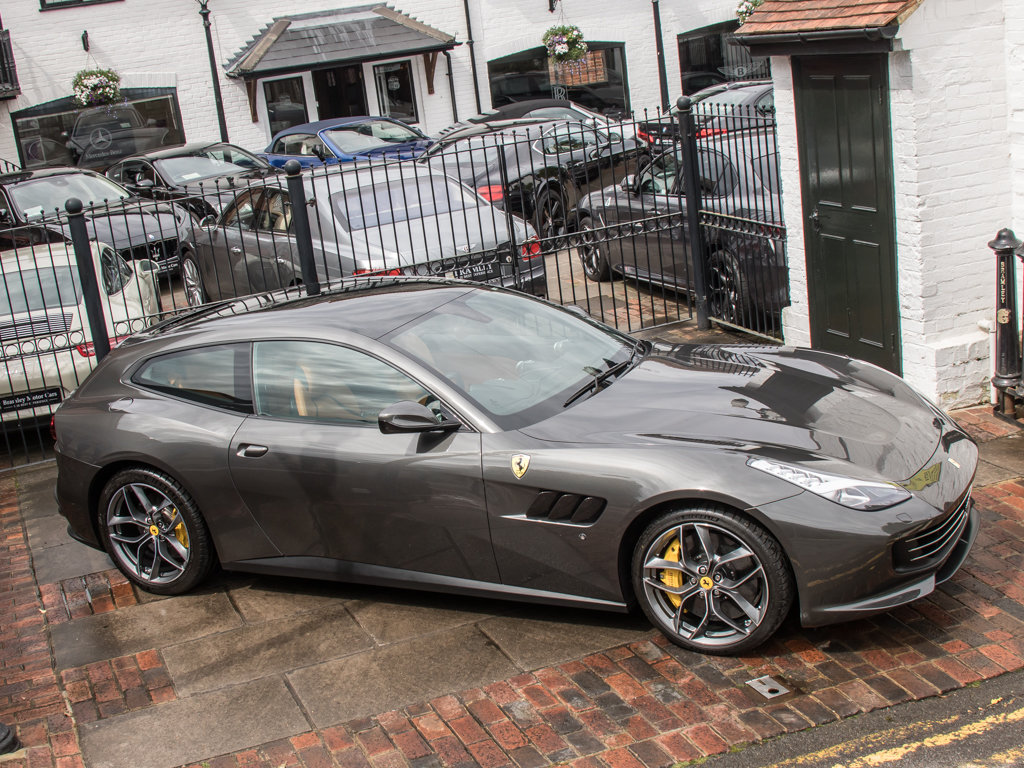 2019 Ferrari  Other  GTC4Lusso T  For Sale (picture 8 of 18)