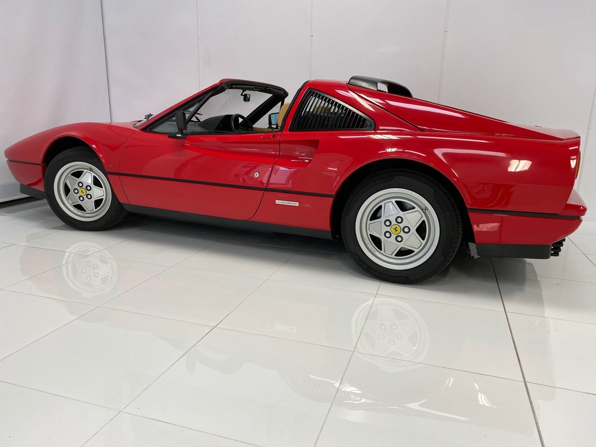 1989 RHD Only 16,826 Miles! Outstanding Condition and History! For Sale (picture 2 of 6)