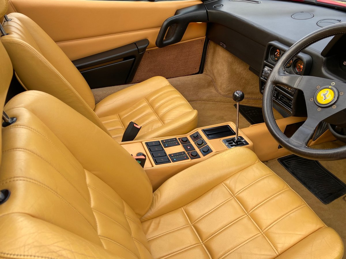 1989 RHD Only 16,826 Miles! Outstanding Condition and History! For Sale (picture 3 of 6)