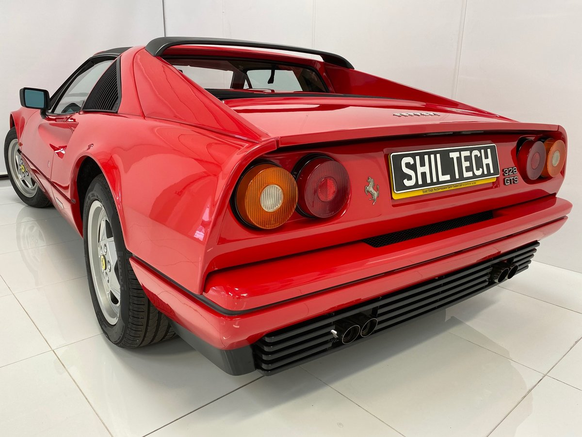 1989 RHD Only 16,826 Miles! Outstanding Condition and History! For Sale (picture 5 of 6)