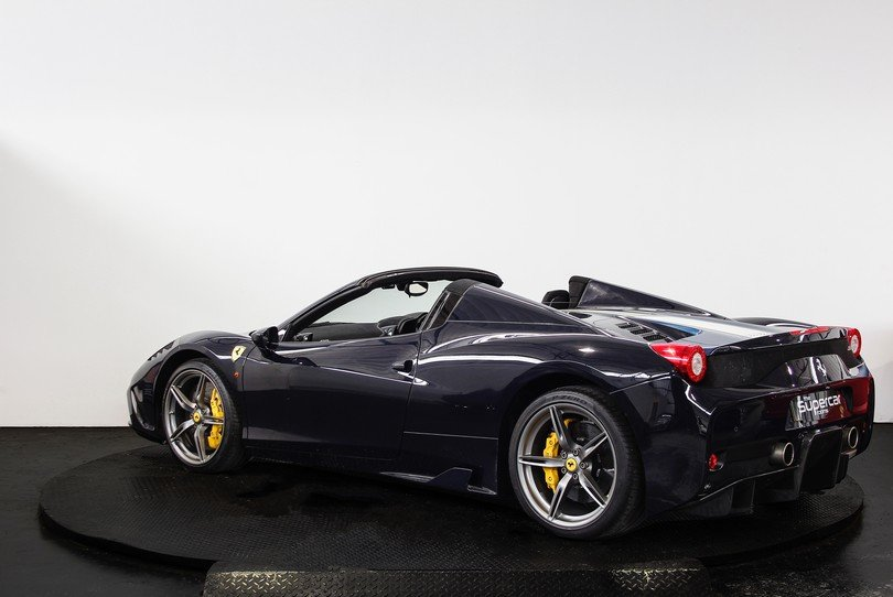 2015 Ferrari 458 Speciale Aperta - 1 Owner - UK Supplied RHD For Sale (picture 4 of 6)