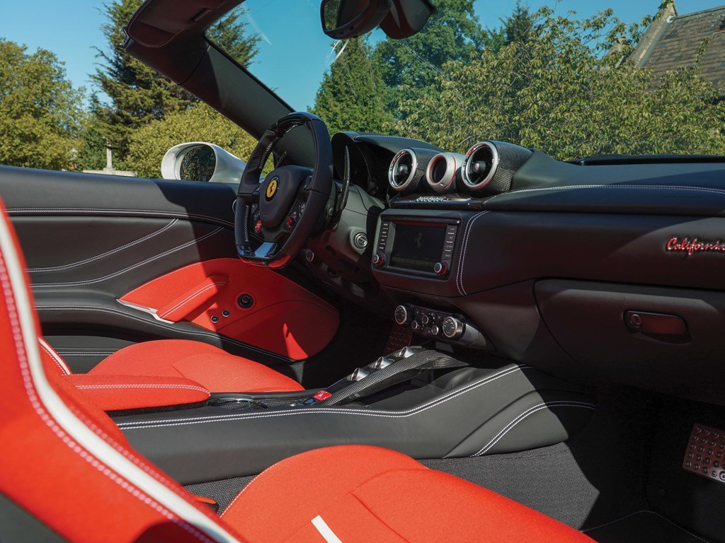 2018 Ferrari California T 70th Anniversary  For Sale by Auction (picture 4 of 6)