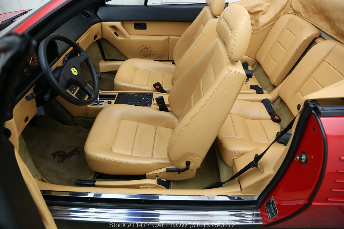 1989 Ferrari Mondial T Cabriolet For Sale (picture 4 of 6)