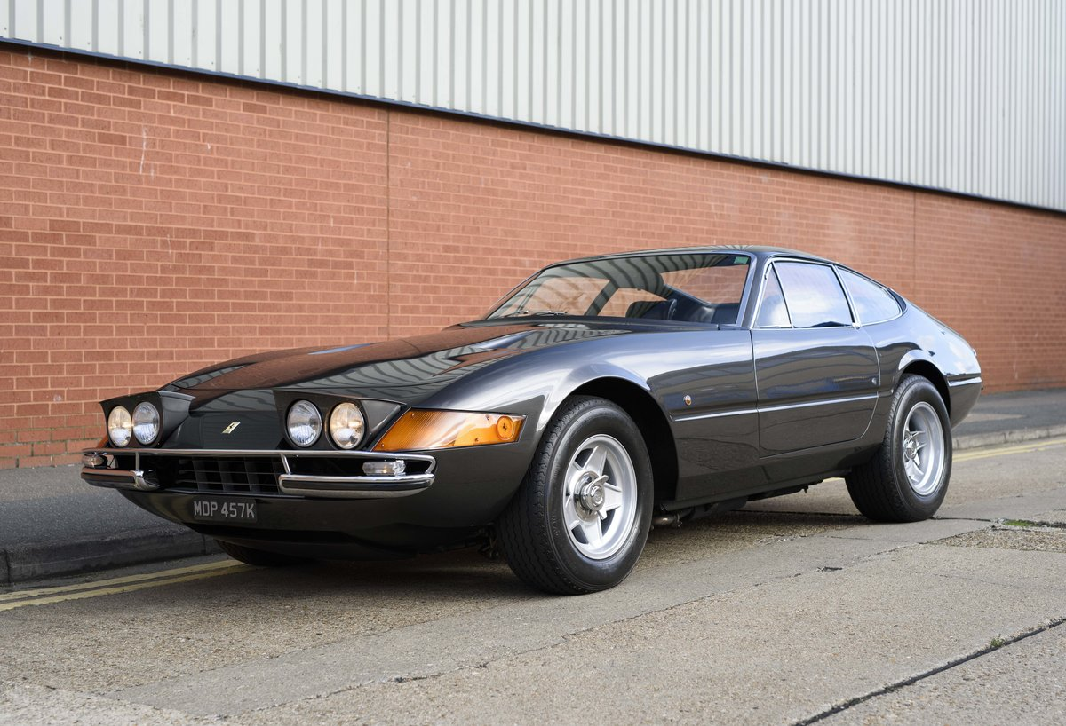 1971 Ferrari 365 GTB/4 Daytona for sale in London (RHD) For Sale (picture 1 of 24)