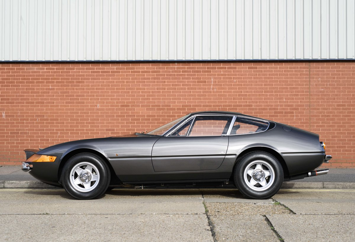 1971 Ferrari 365 GTB/4 Daytona for sale in London (RHD) For Sale (picture 6 of 24)