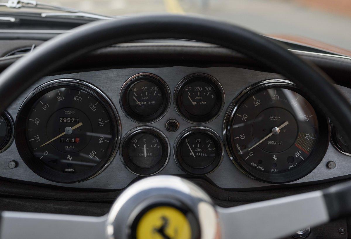 1971 Ferrari 365 GTB/4 Daytona for sale in London (RHD) For Sale (picture 17 of 24)