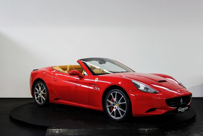 Ferrari California - 2009 - 16K Miles - Daytona Seats -  For Sale (picture 2 of 6)