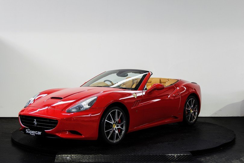 Ferrari California - 2009 - 16K Miles - Daytona Seats -  For Sale (picture 5 of 6)