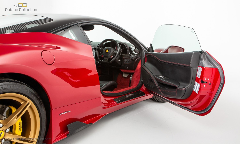 2014 FERRARI 458 ITALIA DCT //  8K MILES // MUGELLO RED // FFSH  For Sale (picture 12 of 23)