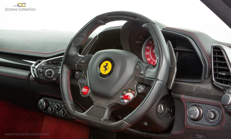 2014 FERRARI 458 ITALIA DCT //  8K MILES // MUGELLO RED // FFSH  For Sale (picture 14 of 23)